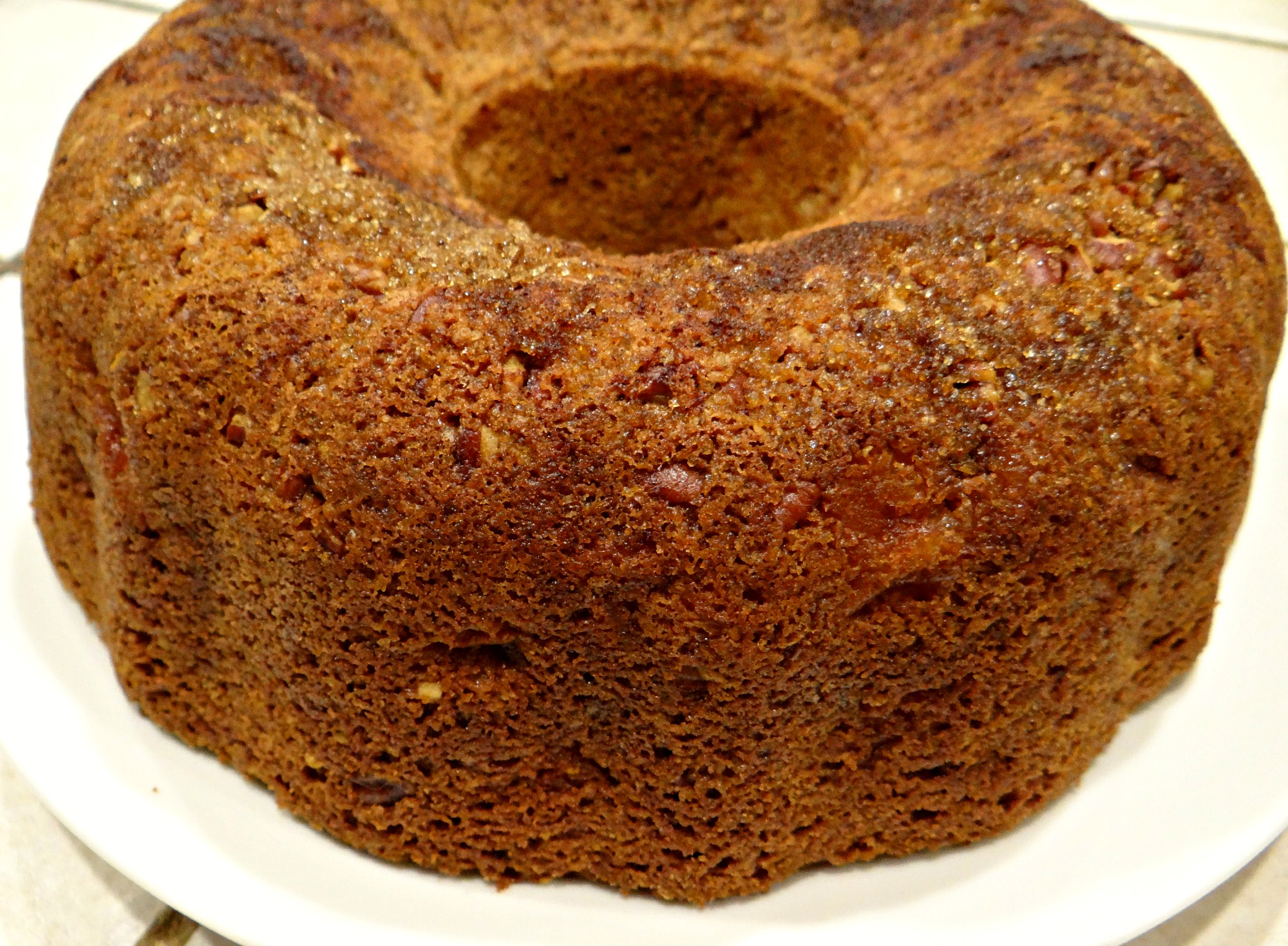 Spiced Apple Sour Cream Bundt Cake