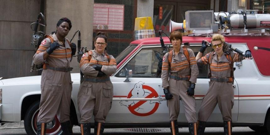 Ghostbusters-2016-Chris-Hemsworth-Kristen-Wiig-Melissa-McCarthy.jpg