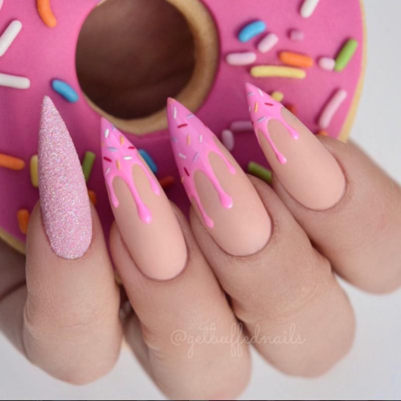 decoração original - Get Buffed Nails