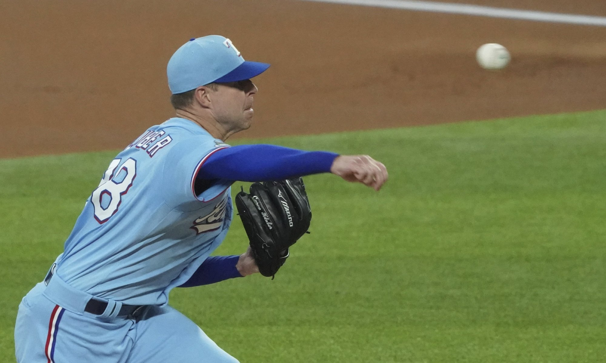 Should the Yankees target Corey Kluber?