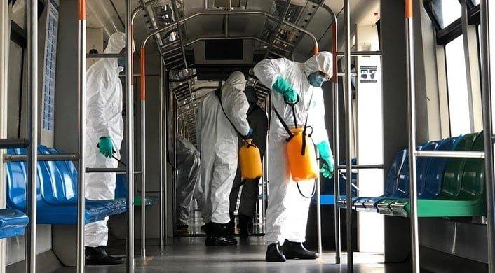 Militares realizam desinfecção e higienização do sistema de trens de Natal