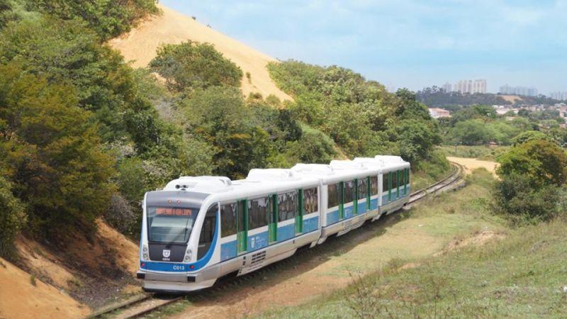 Trens da Linha Norte voltam a operar parcialmente nesta segunda-feira