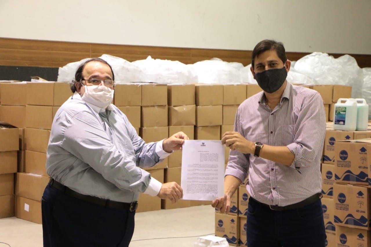 Associação irá distribuir 50 mil máscaras a motoristas e passageiros de aplicativos