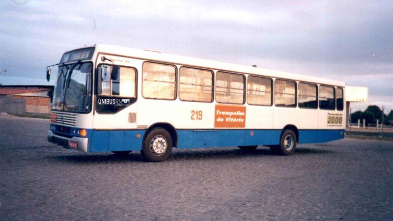 #TBT Unibus RN: A marcante pintura utilizada pela Trampolim da Vitória nos anos 90
