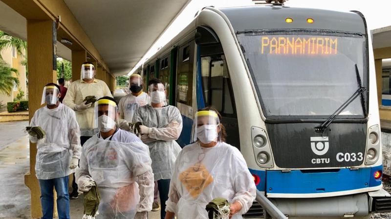 CBTU Natal distribui máscaras para usuários do VLT