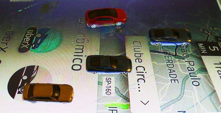 Alta do combustível deixa classe média sem carros de aplicativo
