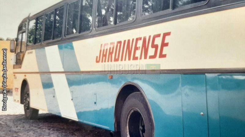 Retrô: A marcante pintura da Jardinense nos ônibus da Nielson e da Busscar