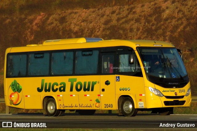 Juca Tour renova frota com dois ônibus zero km