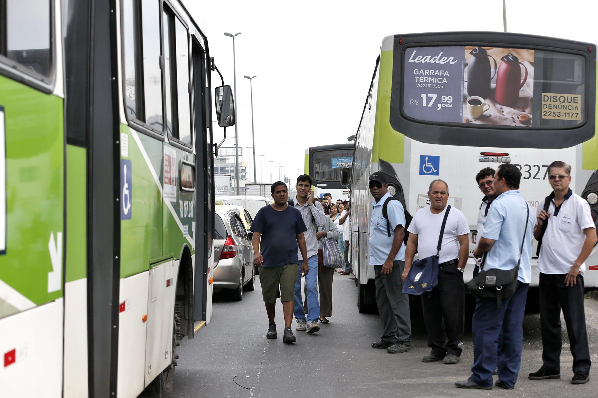Fim da desoneração da folha de pagamento das empresas de ônibus vai acentuar desemprego e elevar tarifas
