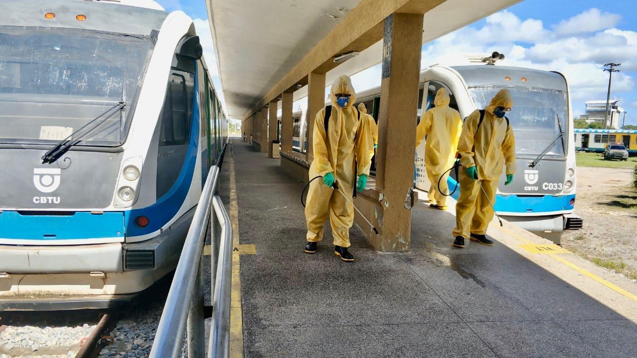 CBTU Natal recebe nova ação de desinfecção em estações e trens promovida por militares para combate ao COVID-19