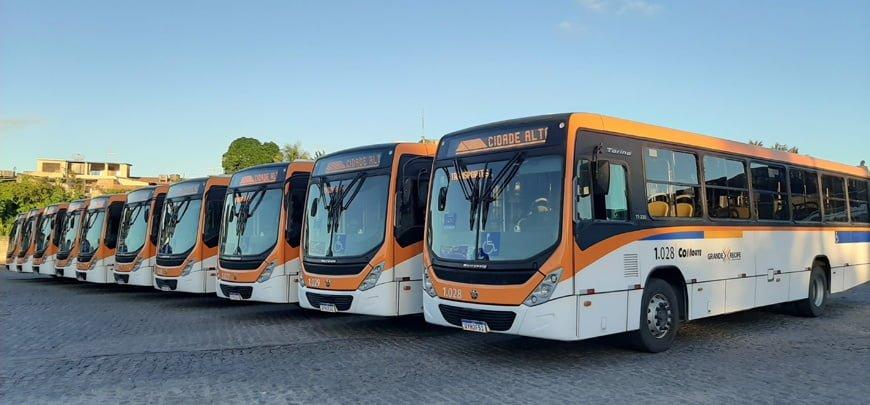 Os novos ônibus da Cidade Alta, de Recife