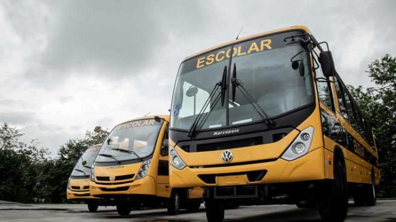 Volkswagen mantém linha de produção de chassis aquecida e entrega 444 Volksbus ao Caminho da Escola em outubro