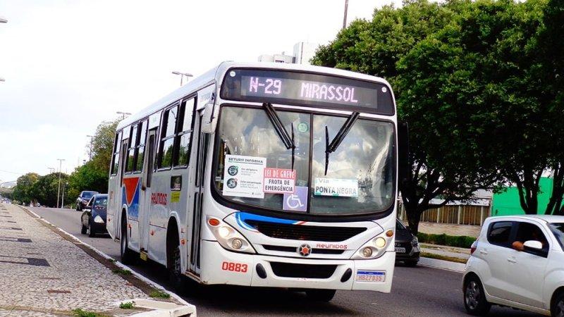Greve dos rodoviários motivou alteração de itinerário da linha N-29 até Ponta Negra