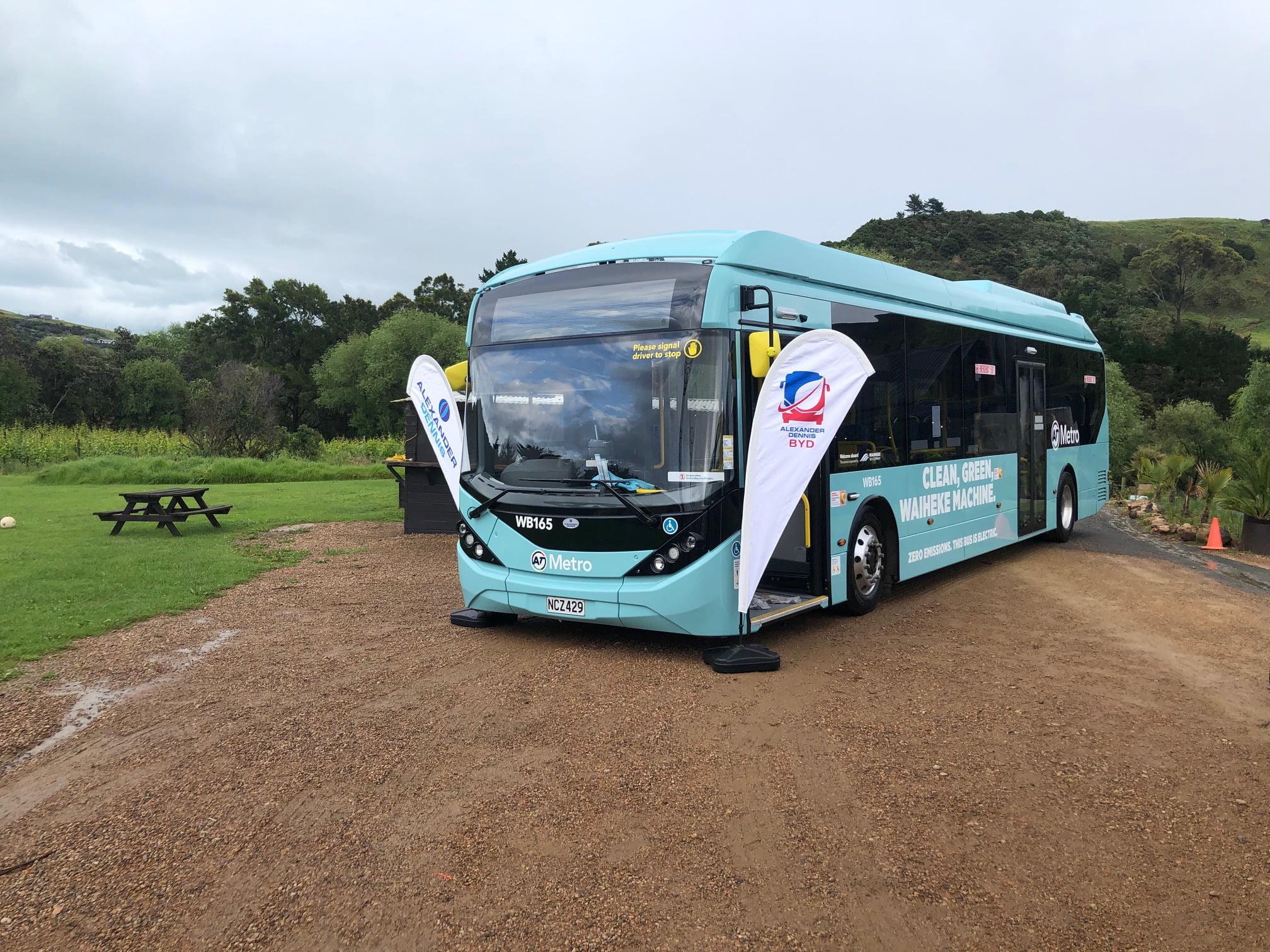 Internacional: Primeira frota de ônibus elétricos de Auckland, na Nova Zelândia, começa a ser entregue