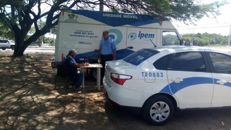 Taxistas da Região Metropolitana devem realizar a vistoria do taxímetro