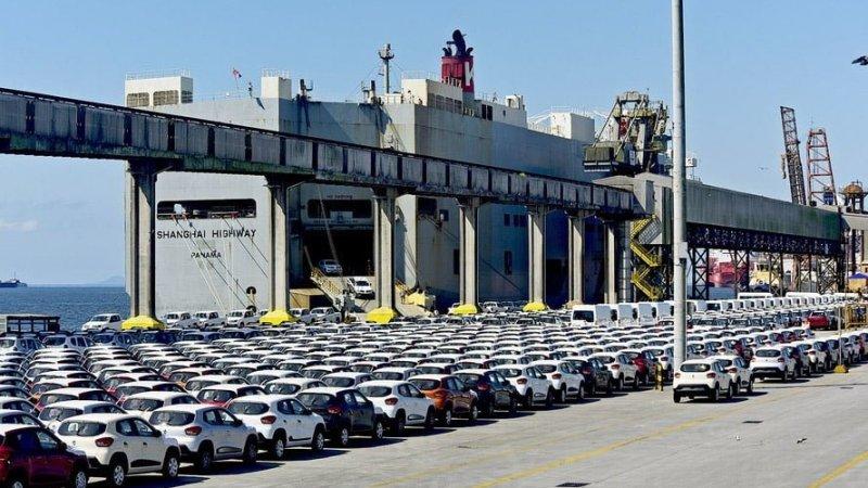 Câmara: Proposta isenta veículos de transporte de passageiros de imposto de importação