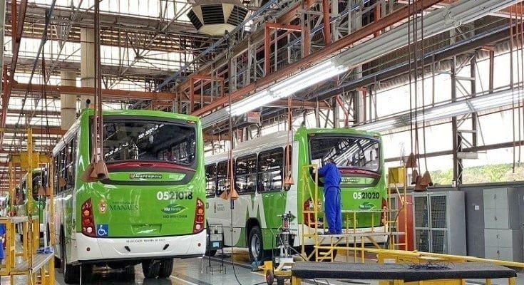 Fabricantes de ônibus ligam alerta, mas creem em crescimento