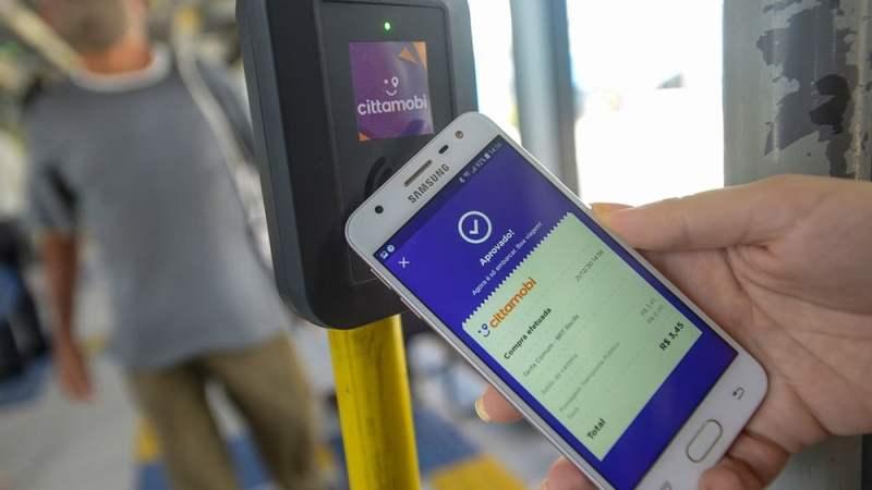 PE: Linhas do BRT no Corredor Leste/Oeste passam a aceitar pagamento de tarifa com carteira digital em aplicativo de celular