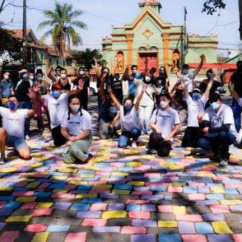 Arquitetos formados no UNIFATEA promovem Intervenção Urbana na Praça Conde de Moreira Lima em Lorena