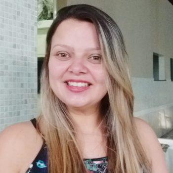 Mercado de trabalho exige profissionais com inglês e o UNIFATEA gera essa habilidade em unidade curricular – Entrevista com a Profª e Me. Ana Paula Cruz