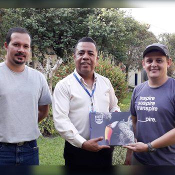 Biólogo formado pelo UNIFATEA lança livro sobre aves