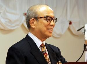 講演する増田勝先生