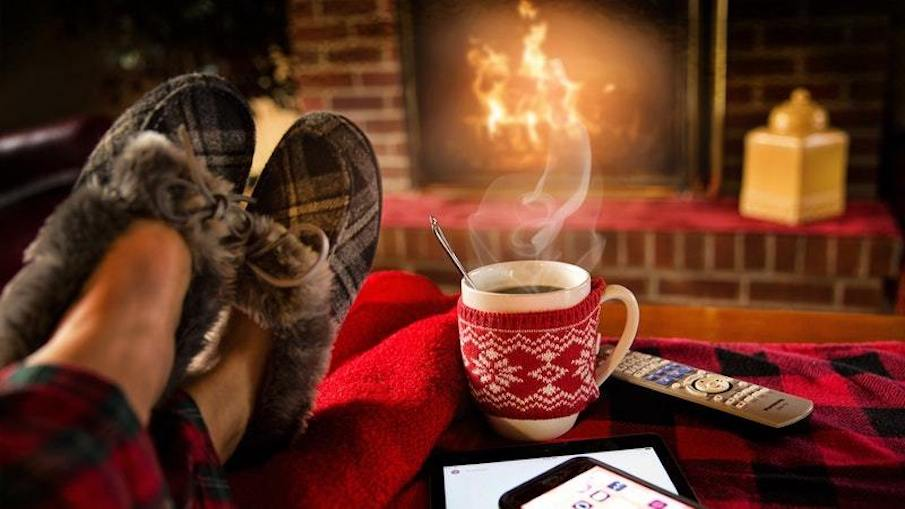 5 ways for students to stay warm this winter