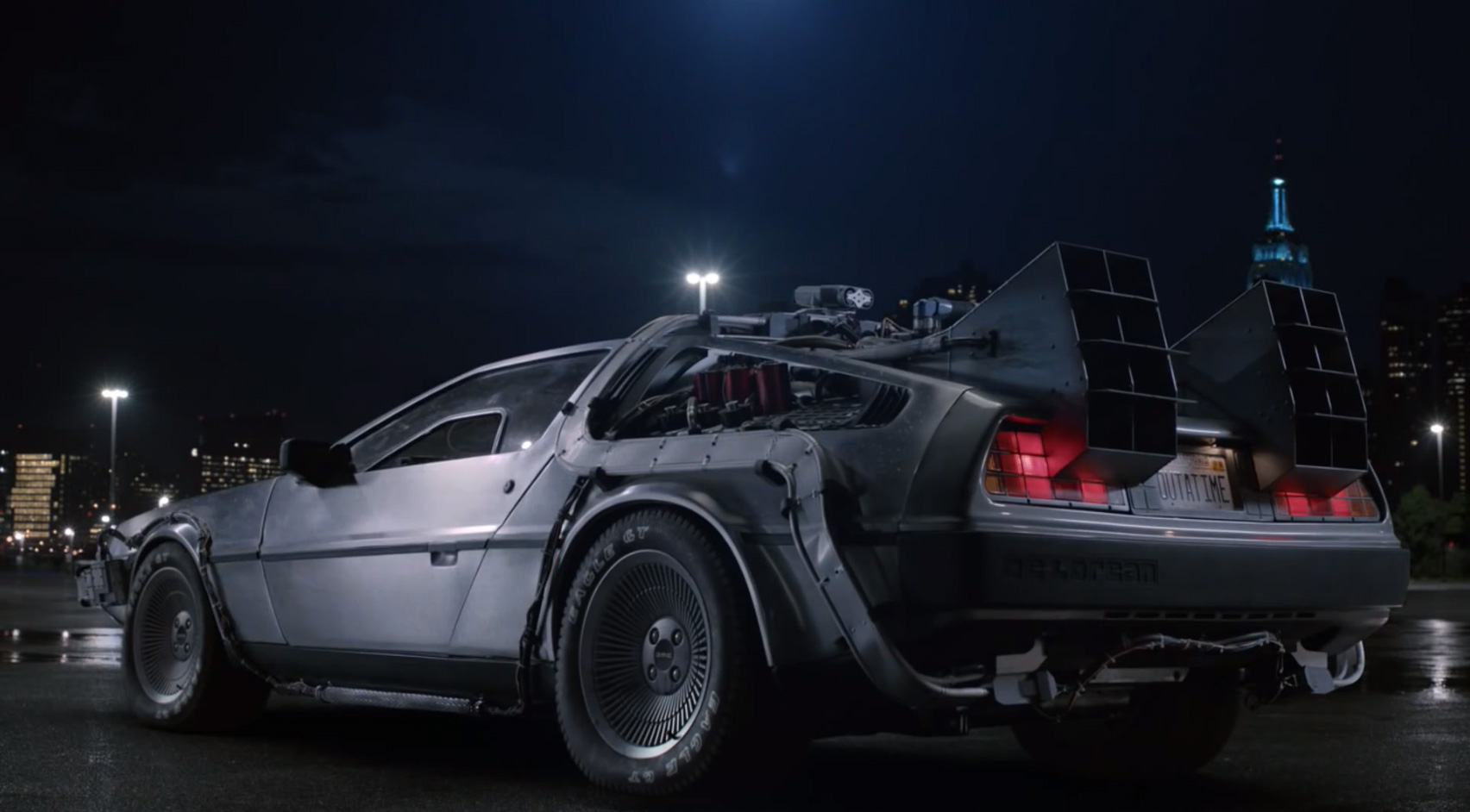 GE Uses Back To The Future DeLorean In A Commercial To