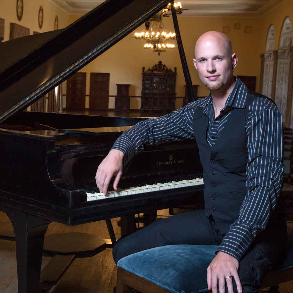 Wedding, Special Events, and Corporate Pianist: An Interview with a Los Angeles Favorite
