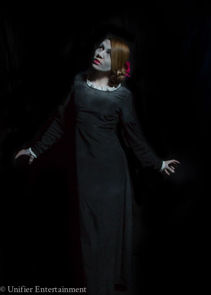 Scare Actress Halloween