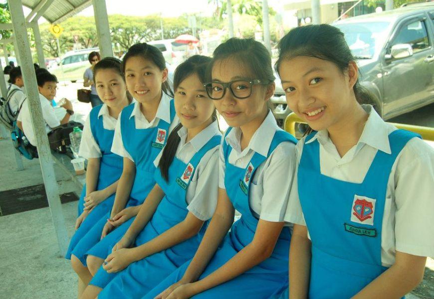 馬來西亞 — 沙巴州各華文中學制服介紹