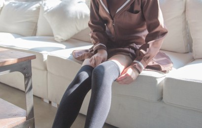 顏色唯美的褐色水手服