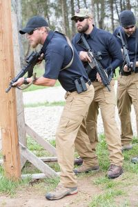 propper-tactical-pant-lightweight-in-use-f5252