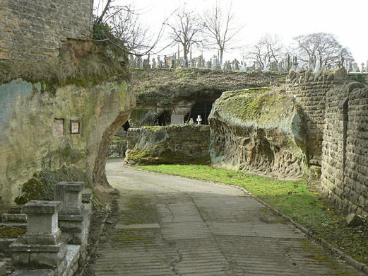 rock cemetery cool things to do nottingham
