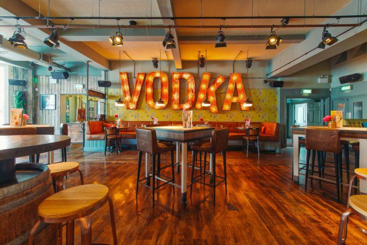 Best Bars in Brighton, Revolution