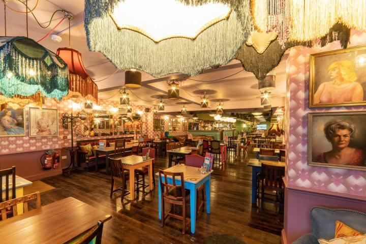Nevarro Lounge Brunch Manchester