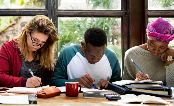 how to apply for a PGCE