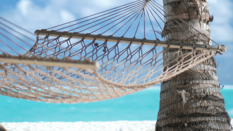 cheapest student holidays