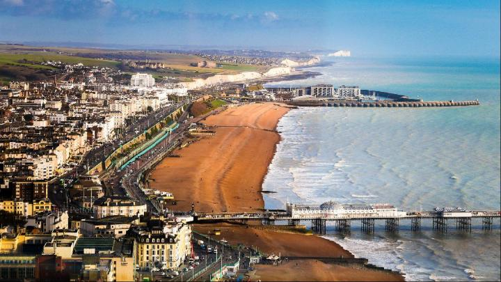 cheap staycation in Brighton