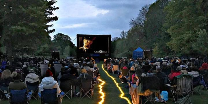 open air film and chill pop up cinema