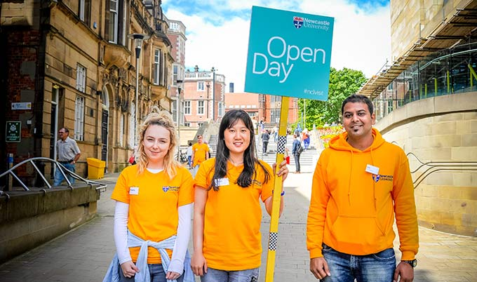 who to talk to at an open day