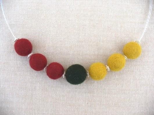 Drei-Farben-Kette