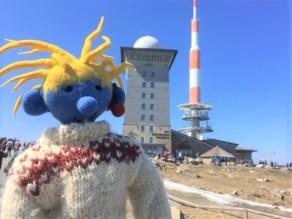 Die Brockenherberge und der 123m hohe Sendemast