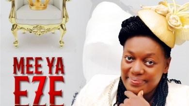Mee Ya Eze (Crown Him King) by Ebere Uzoho