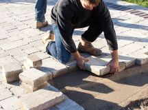 Tips for Hiring the Right Landscape Contractor | Unilock