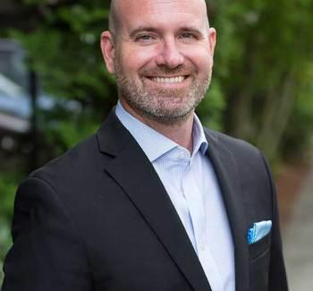 P. Brendon Lundberg Radiant Pain Relief Centres Uninvisible
