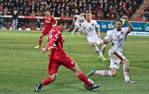 Skrzybski passes to Hosiner