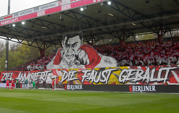 Fan choreography before kick-off