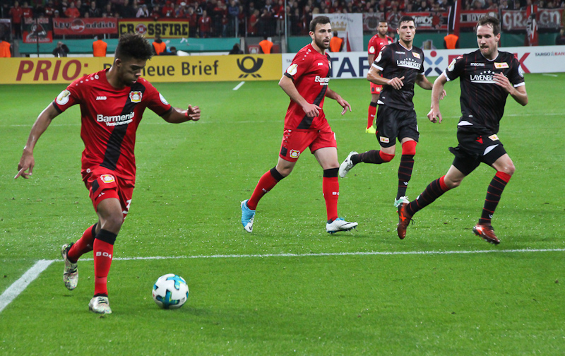 Leverkusen attacks during the first half