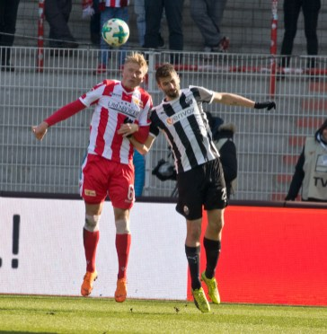 Pedersen vs. former Union player Markus Karl